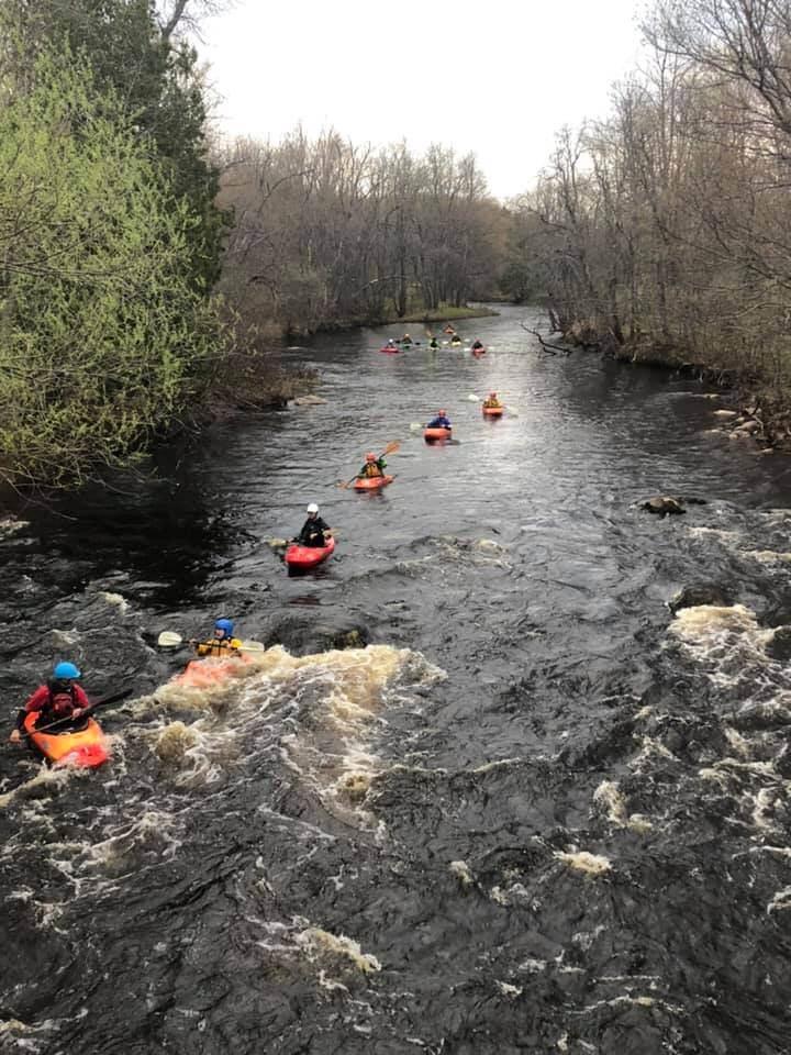 Black-River-kayak-compressor